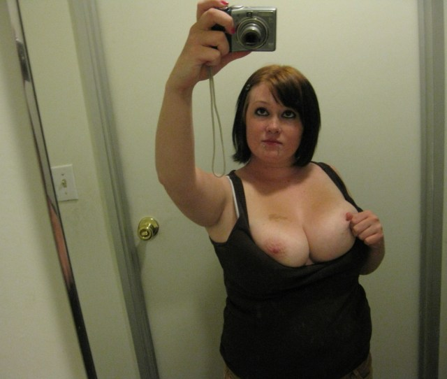 Chubby Amateur Slut And Her Big Natural Tits In The Bathroom 1