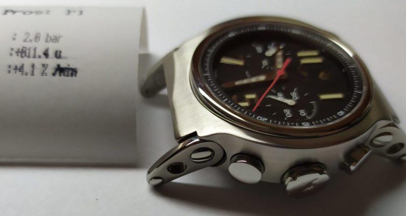 Відполірованний годинник Jorg Hysek