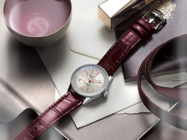 06 Navitimer Automatic 35 With A Silver Dial And A Burgundy Alligator Leather Strap 1 1024x768