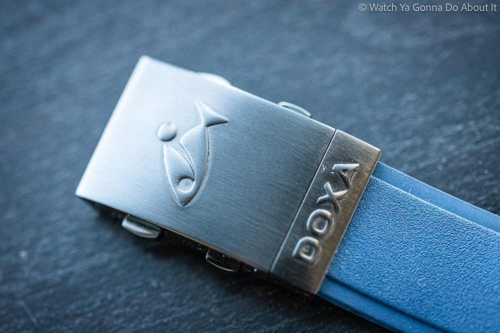 Doxa Sub 300 Carbon 24 1024x682