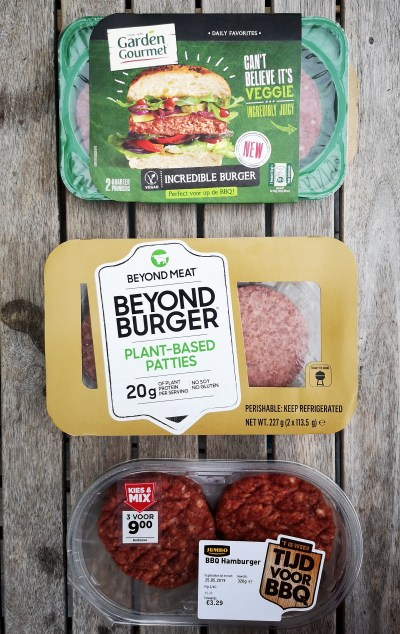Blinde smaaktest: Beyond Burger vs Incredible Burger vs echte burger