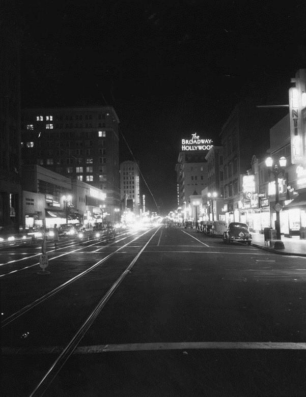 Wilshire Boulevard 1950 S