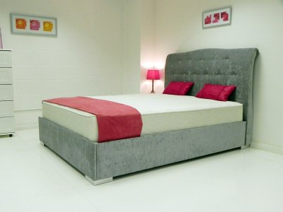 Evelyn Waterbed