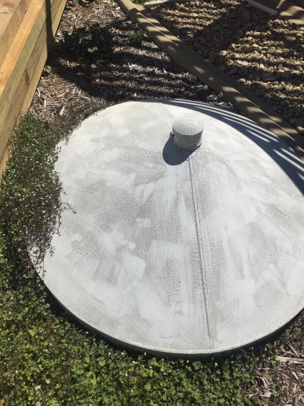 Repair of well with tin lid