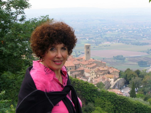 Janet in Cortona adjusted_edited-1