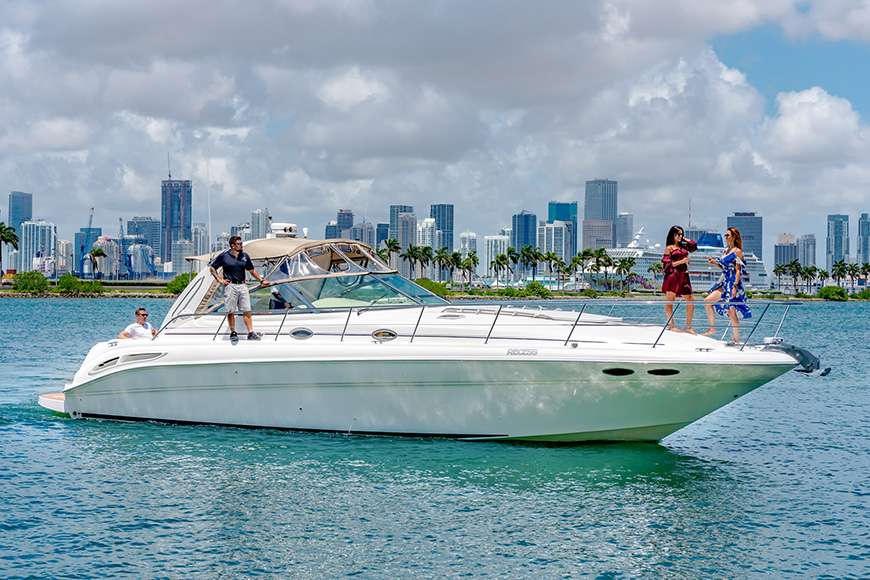 Water Fantaseas Miami Party Yacht Charters Amp Boat Rentals