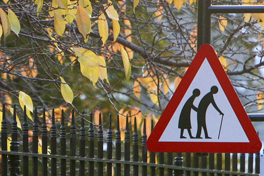 road sign elderly (1200x800)
