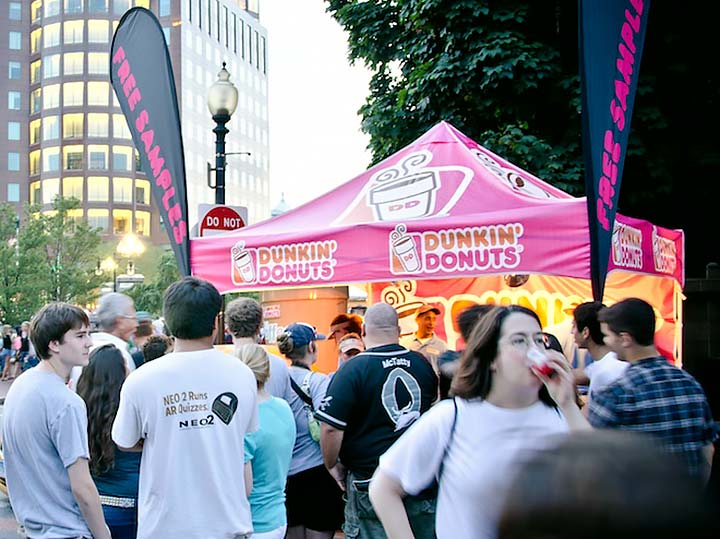 Free samples from Dunkin' Donuts. Photo by David Amadio.
