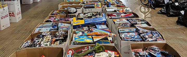 Volunteering with United Way for Toys for Tots