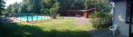Overzicht paviljoen en zwembad