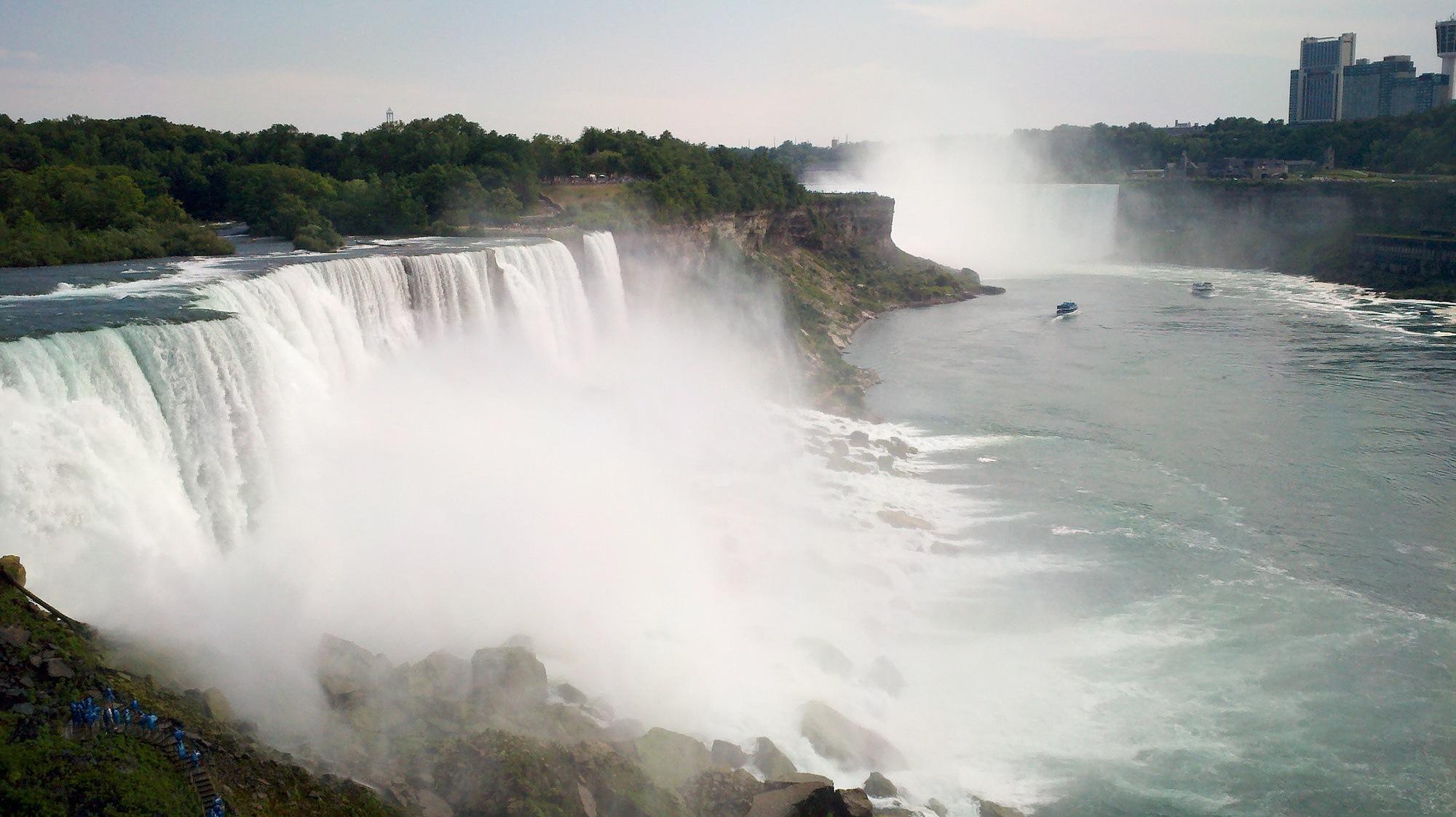 Color Buffalo Niagara Riverkeeper Royal Blue With Global Leadership Award