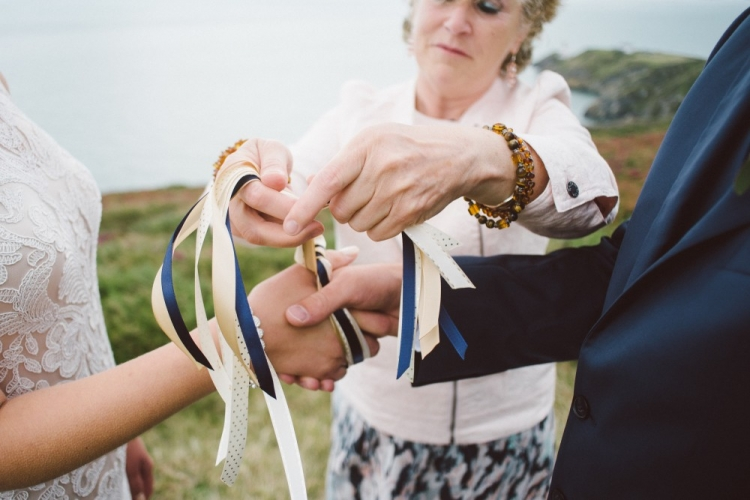 Hand-fasting: A Celtic Tradition For Your Irish Wedding