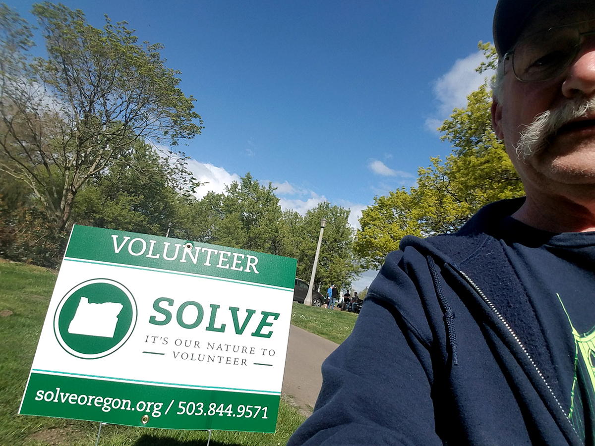 SOLVE Volunteer sign with John Aschenbrenner