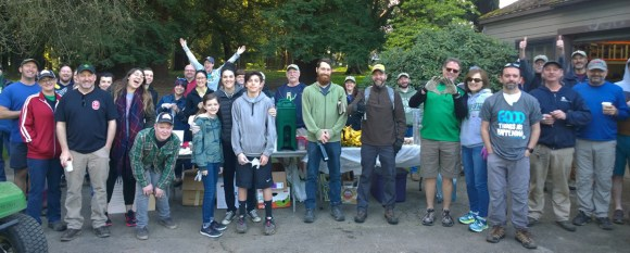 Volunteers gathered at the 2018 Pier Park Pick-Up organized by Waterlink Web