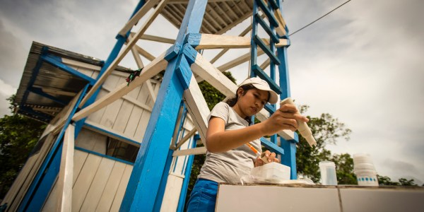 Safe water is tested by a Water Mission Peru staff member in Villa Nueva Reforma, Requena, Peru.