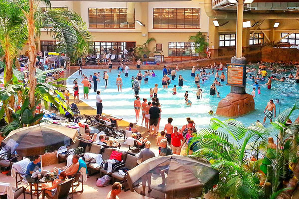 Sevierville Tn Hotels Indoor Water Park Near Pigeon Forge