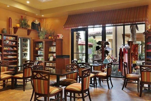 Floridays Resort Orlando Dining