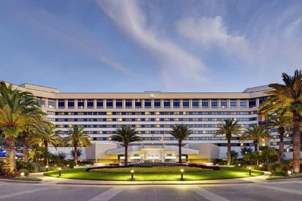 Hotels Within Walking Distance To Disney Springs Full List