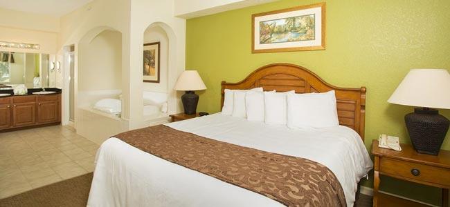 Lake Buena Vista Village Resort Master Bedroom Suite with In-room Jacuzzi Tub