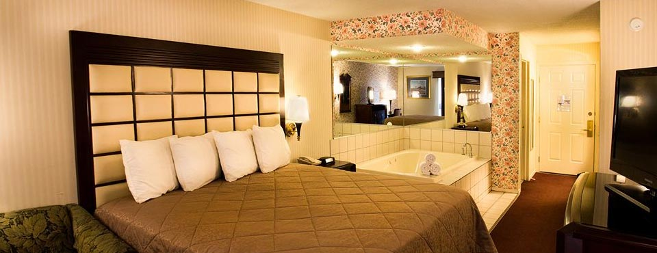 Jacuzzi Suites In Wisconsin Dells Water Park Hotels