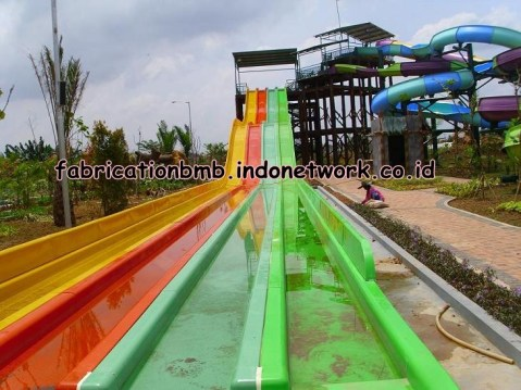 waterboom - water slide - seluncuran fiber - prosotan fiber (1)