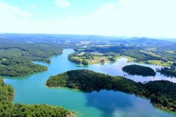 Aerial photo of Waterside Cove on Norris Lake