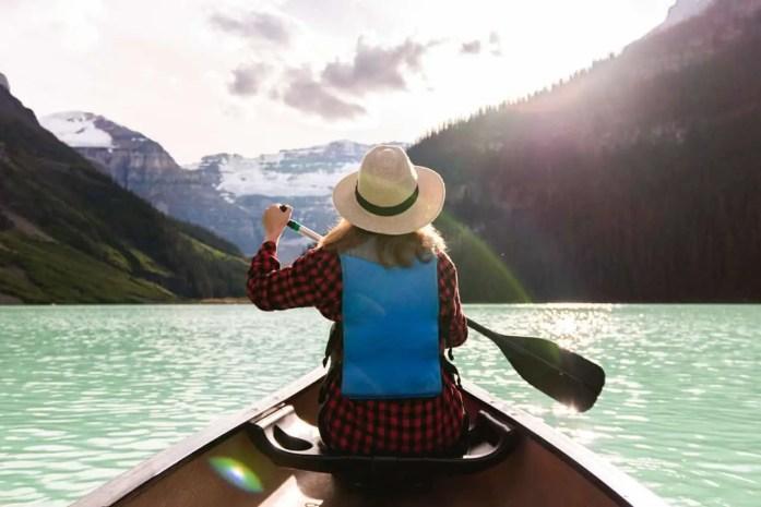 How many calories does Kayaking burn?