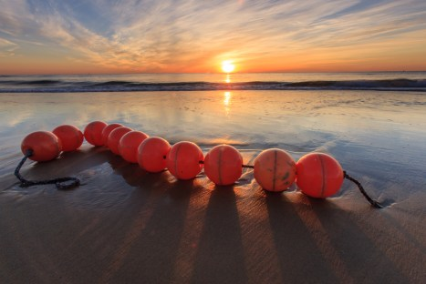 sunrise-buoys-scotch-beach-panorama
