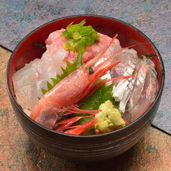 hatsushima-an-island-full-of-adventure7