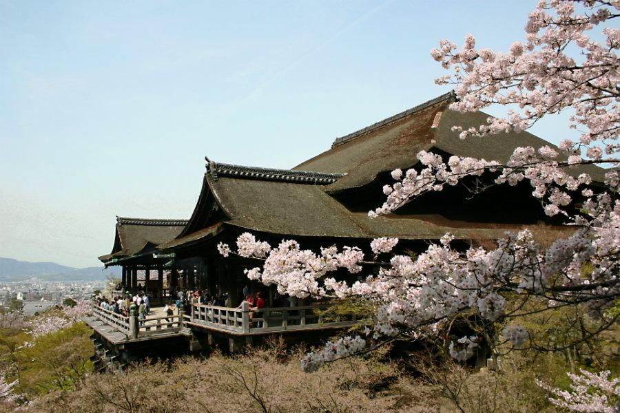 6. kyomizudera-temple-in-Kyoto