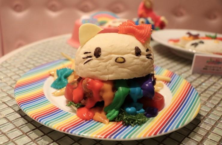 Hello Kitty漢堡,彩虹其實是起司