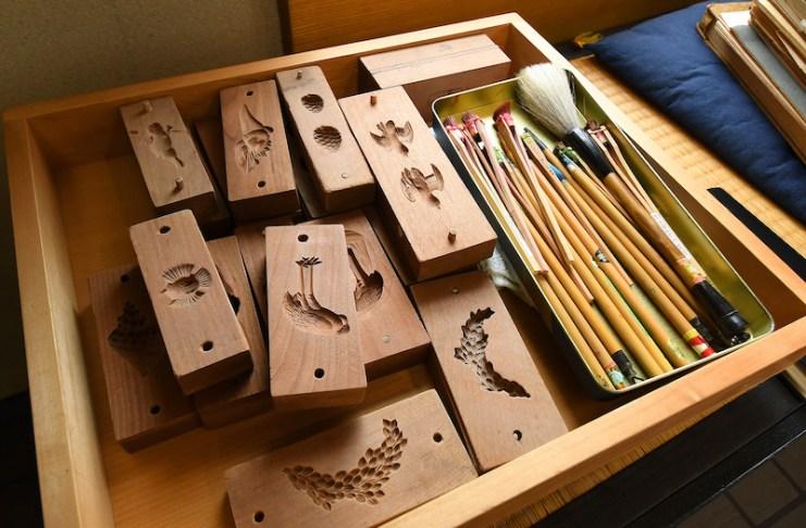 小松屋所有的製菓模型和道具,是過去北前船停靠時,從京都帶來的器具,歷史悠久