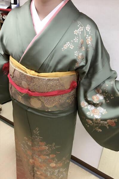 Houmongi-kimono