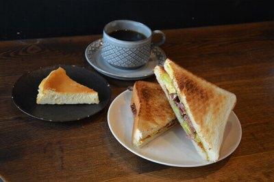 cafe charisma ikebukuro sandwhich