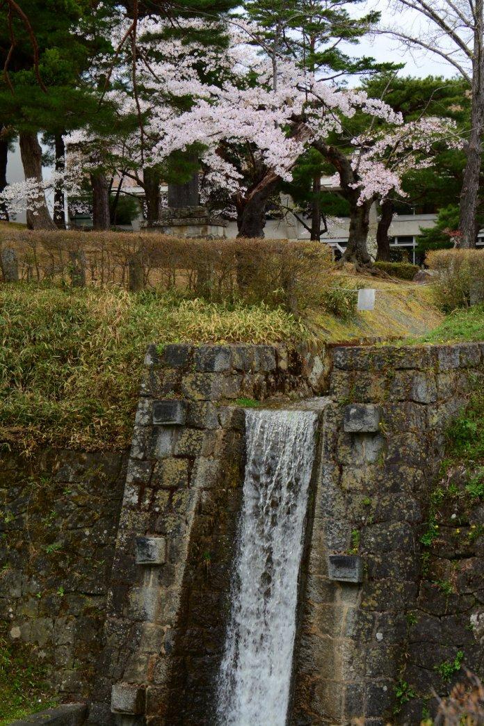 asaka canal hayama waterfall