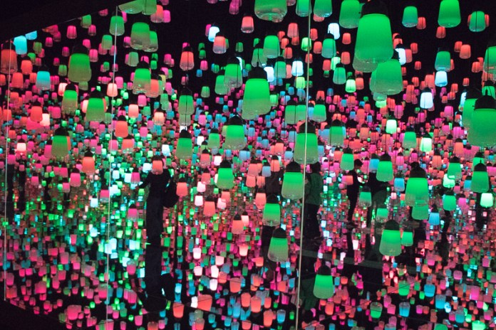 teamLab Borderless Forest of Lamps