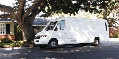 V8070-ev-deliver-van
