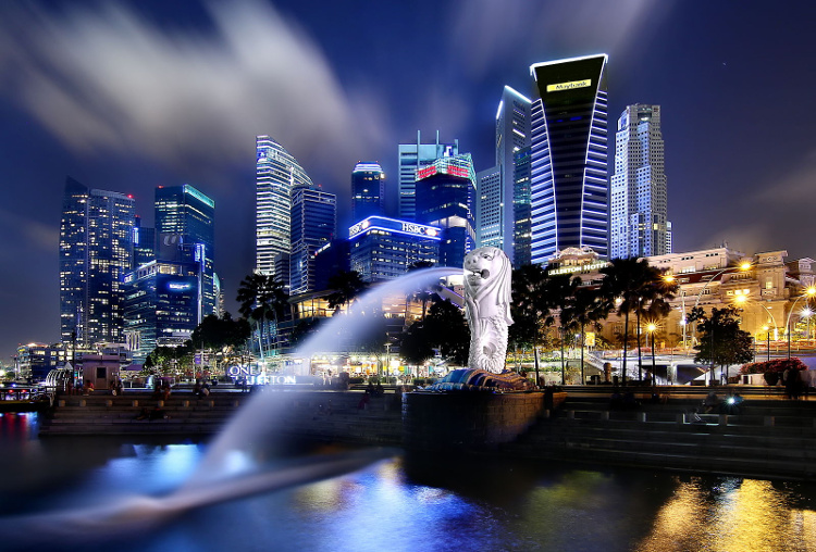 The Singapore Merlion at the Bay