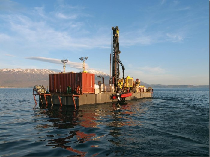 The researchers drilled to a maximum depth of 568 metres and a water depth of 245 metres. This makes the endeavour one of the most successful lake drillings carried out in the framework of the International Continental Scientific Drilling Program (ICDP), allowing the team to collect high-resolution regional climate data for a period of over 1.3 million years. Credit: Niklas Leicher