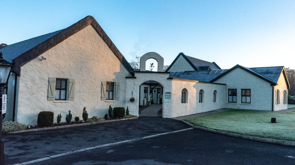 Bunratty, guesthouse, courtyard, b & b, shannon, breakfast