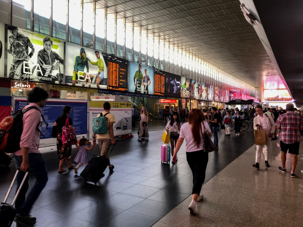 The main stations in Italy are clean and modern