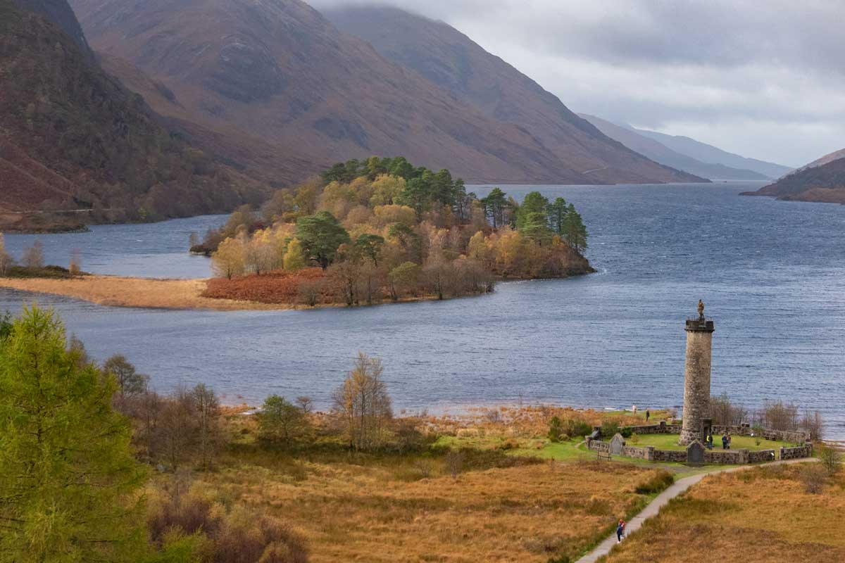 Loch Shiel and Glenfinnan Memorial is a highlight on a Scotland Roadtrip