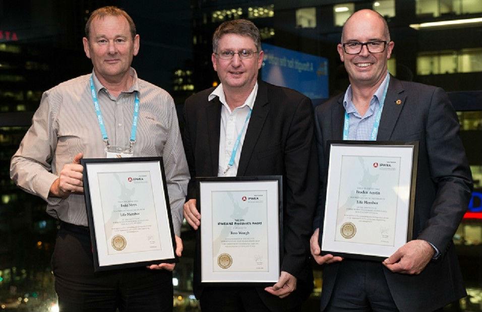 IPWEA Presidents Award - Ross Waugh
