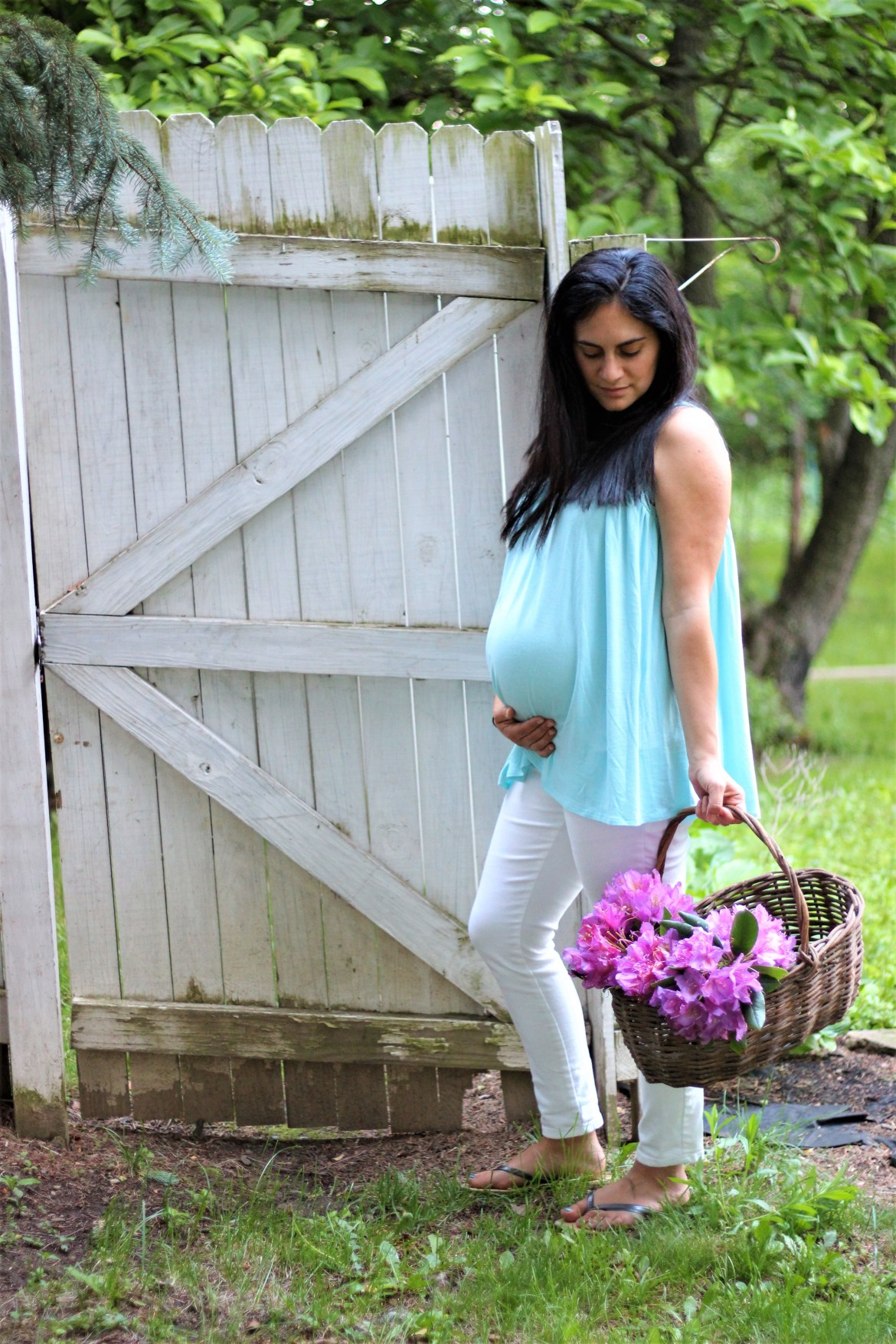 pink blush maternity clothes and helps for the third trimester in pregnancy