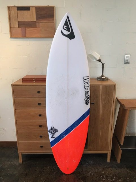 MEXICAN MODEL USED // WARNER SURFBOARDS