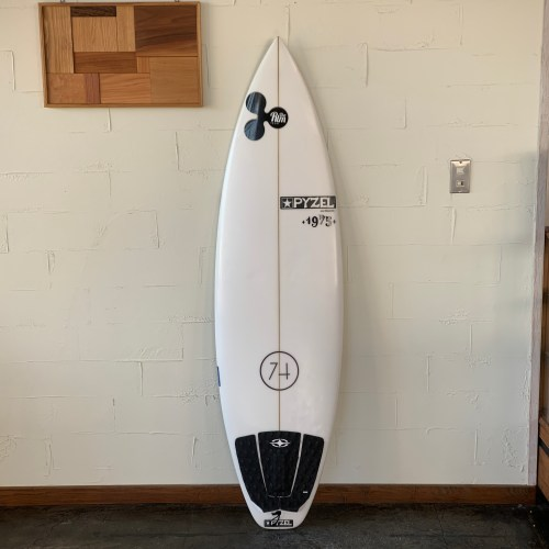 "USEDBOARD 74 MODEL 5'10"" // PYZEL SURFBOARDS"