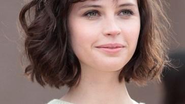 20 Feminine Short Hairstyles For Wavy Hair: Easy Everyday Hair regarding New Haircut For Wavy Hair