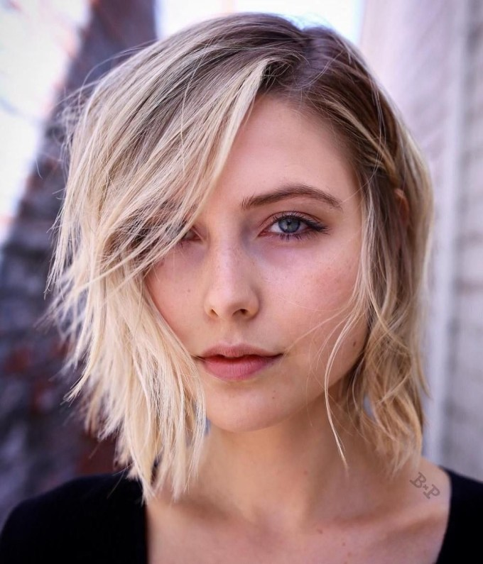 70 Devastatingly Cool Haircuts For Thin Hair | Medium Hairstyle with Haircut For Thin Hair On Sides