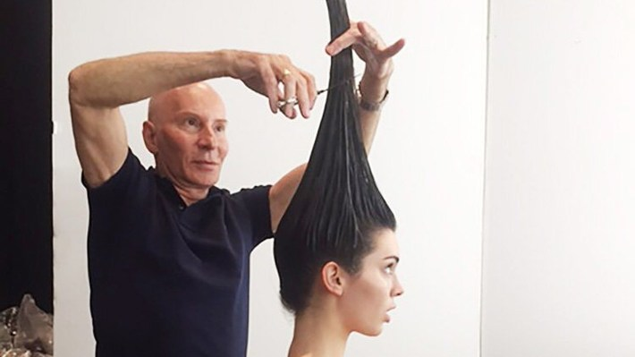 Did Kendall Jenner Get A Vertical Haircut For Her Vogue Cover? with regard to Haircut On The Go App