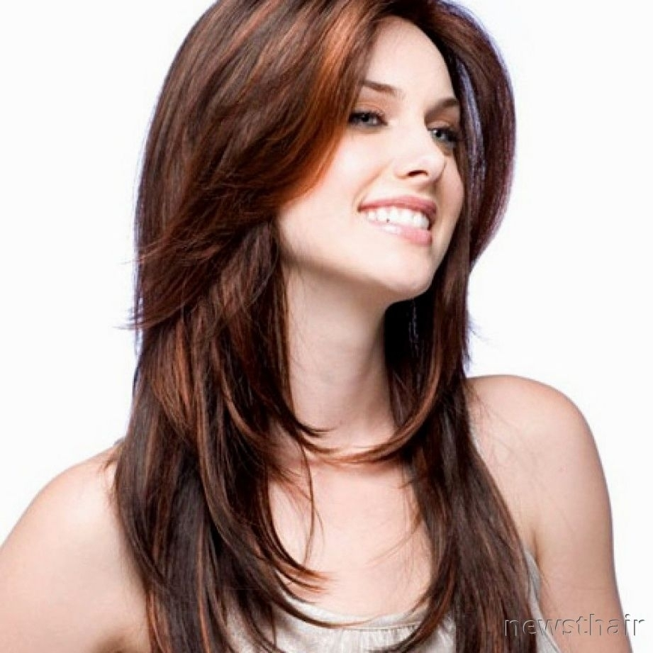 Haircut For Girls With Name , Wavy Haircut